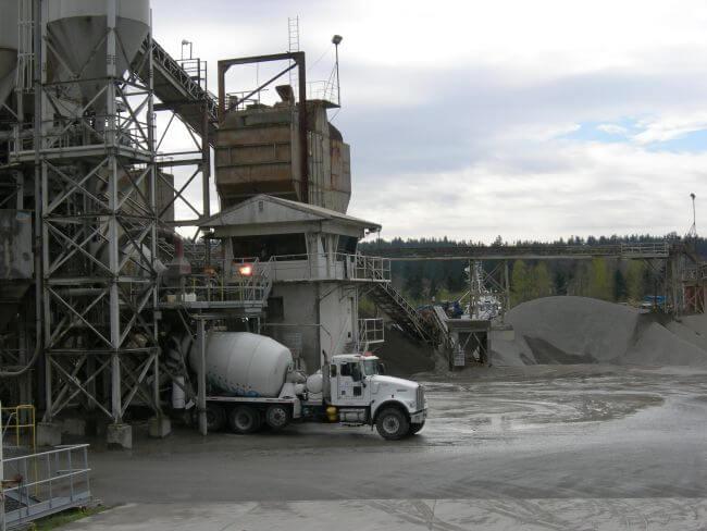 Çimento santrallerinin yıldırımdan korunması işletmenin sürekliliği açısından büyük önem taşır.
