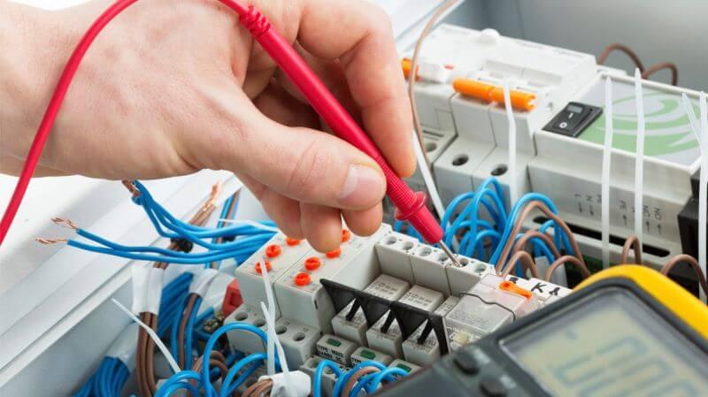 Elektrik tesisat kontrollerinizi SMM onaylu elektrik mühendisleri tarafından yaptırmanızı tavsiye ediyoruz.